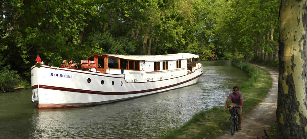 Gallery canal du midi barge roi soleil cruises for Architecte canal du midi